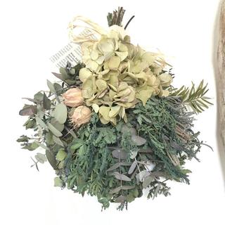 5種類のgreen〜ナチュラルグリーンドライフラワースワッグ(ドライフラワー)