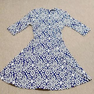ザラ(ZARA)のワンピース ZARA XS ザラ ニット 刺繍 柄 ペイズリー 七分袖(ひざ丈ワンピース)