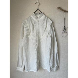 ロキエ(Lochie)のusedヴィンテージ古着クラシカルスタンドカラーの鱗ブラウスシャツ(シャツ/ブラウス(長袖/七分))