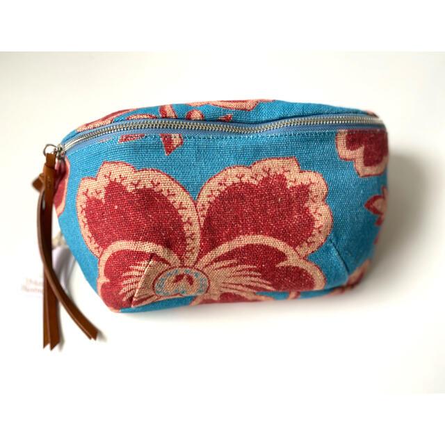 Vivienne Westwood(ヴィヴィアンウエストウッド)のヴィヴィアンウエストウッド ボディバッグ ダンシングフラワー ブルー レディースのバッグ(ボディバッグ/ウエストポーチ)の商品写真