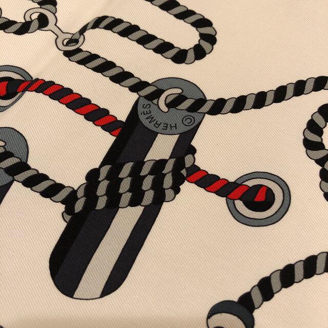 Hermes(エルメス)のHERMES スカーフ カレ65 レディースのファッション小物(バンダナ/スカーフ)の商品写真