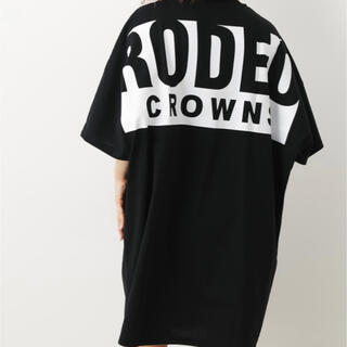 RODEO CROWNS WIDE BOWL - ビッグボックスロゴTシャツワンピース
