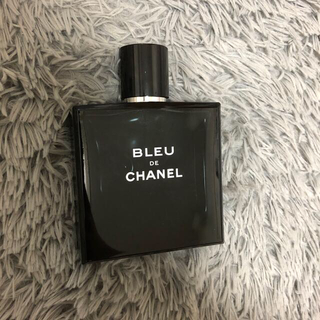 CHANEL - BLEUDECHANEL香水。