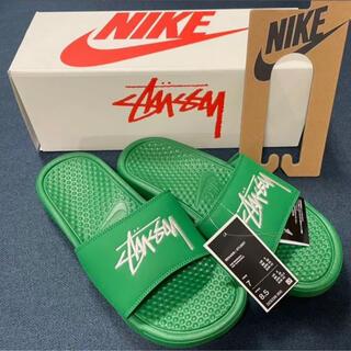 ナイキ(NIKE)のstussy Nike ベナッシ 25cm  Pine Green(サンダル)