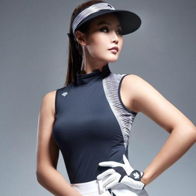 DESCENTE golf デサント ゴルフ 韓国 ノースリーブ スポーツ/アウトドアのゴルフ(ウエア)の商品写真