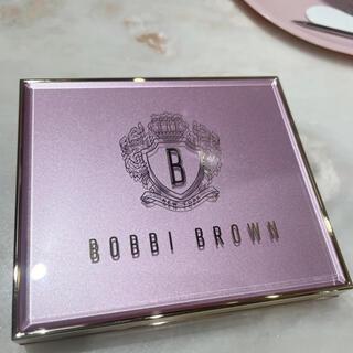 BOBBI BROWN - ボビイブラウン ピンクグロウ リュクス アイシャドウ パレット