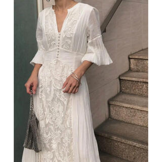 Ameri VINTAGE - MEDI EMBROIDERY TULLE LACE DRESS WHITE