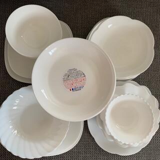ヤマザキセイパン(山崎製パン)の本日限定☘️山﨑パンまつりお皿20枚(食器)