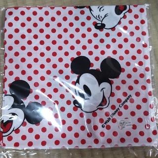 ディズニー(Disney)の☆ディズニー・ミッキー   ランチクロス☆   新品未使用(弁当用品)
