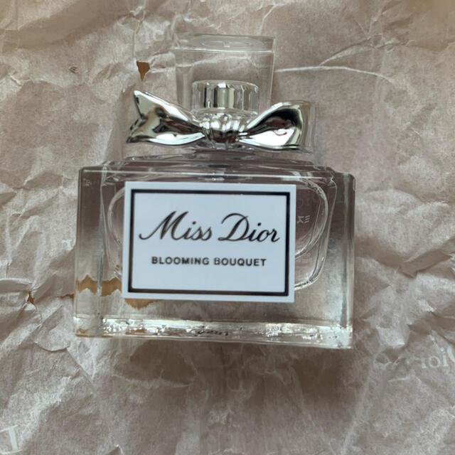Christian Dior(クリスチャンディオール)のMiss Dior ブルーミングブーケ ミニサイズ コスメ/美容の香水(香水(女性用))の商品写真
