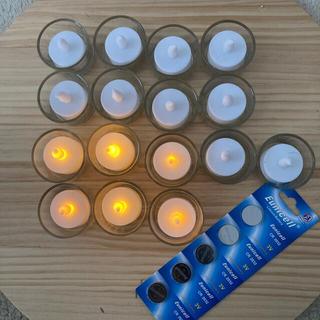 キャンドルホルダー×17、LEDキャンドル×17、電池15個