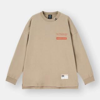 ジーユー(GU)のGU ジーユーミハラヤスヒロ コラボ ビッグT(長袖)MY +E ベージュ XL(Tシャツ/カットソー(七分/長袖))