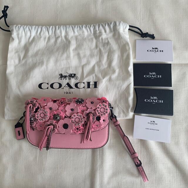 COACH(コーチ)のcoach コーチ ティーローズ ミニ バッグ クラッチ フラワー スタッズ レディースのバッグ(クラッチバッグ)の商品写真