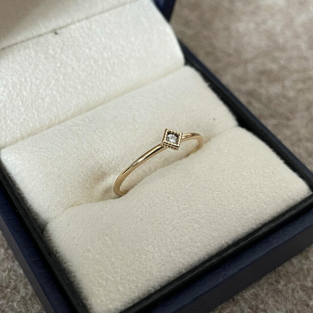 COCOSHNIK(ココシュニック)のCOCOSHNIK K10 ダイヤモンドスクエアハサミ留 リング レディースのアクセサリー(リング(指輪))の商品写真