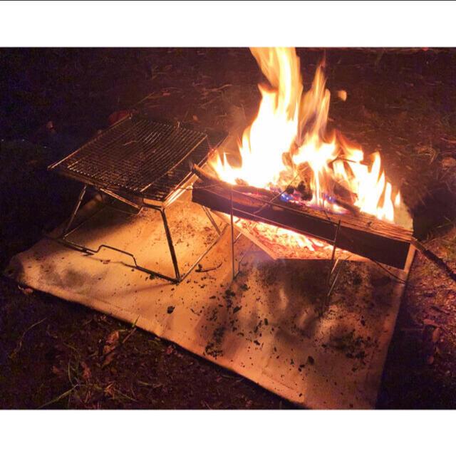 焚き火台シート 防炎 耐火 芝生守り(87cm x 67cm) スポーツ/アウトドアのアウトドア(ストーブ/コンロ)の商品写真