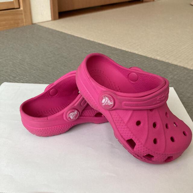 crocs(クロックス)のクロックス キッズ/ベビー/マタニティのベビー靴/シューズ(~14cm)(サンダル)の商品写真