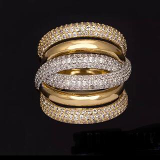 スワロフスキー(SWAROVSKI)の上品 スワロフスキーgemクリスタルたっぷりリング指輪(リング(指輪))