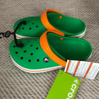 crocs - 【新品】23cm クロックス グリーン