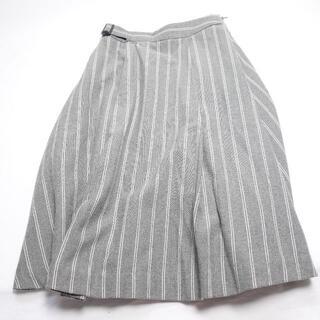 エル(ELLE)のELLE スカート レディース グレー/ストライプ(ひざ丈スカート)