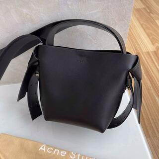 ACNE - 美品 acne studios musubi bag ブラック