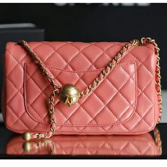 CHANEL(シャネル)のCHANEL  ミニフラップバッグ ミニマトラッセ メンズのバッグ(ショルダーバッグ)の商品写真