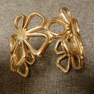 ティファニー(Tiffany & Co.)のティファニー フラワーカフ バングル  シルバー925(ブレスレット/バングル)