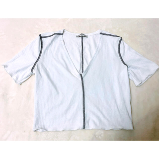 ザラ(ZARA)の【新品】ZARA TRAFALUC  カットソー ホワイト Sサイズ(Tシャツ(半袖/袖なし))