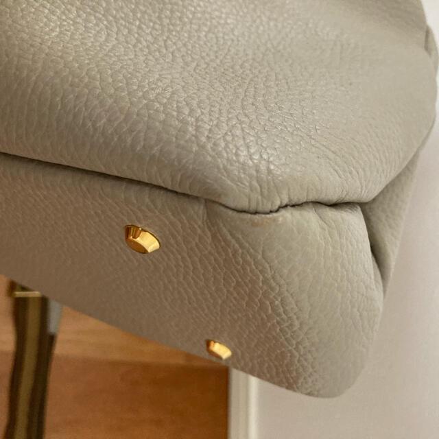 ATAO(アタオ)のアタオ エルヴィ 美品 レディースのバッグ(ショルダーバッグ)の商品写真