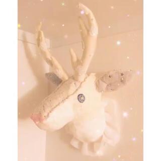 ijiwaru 鹿トロフィー ぬいぐるみ 壁掛け タグ付き