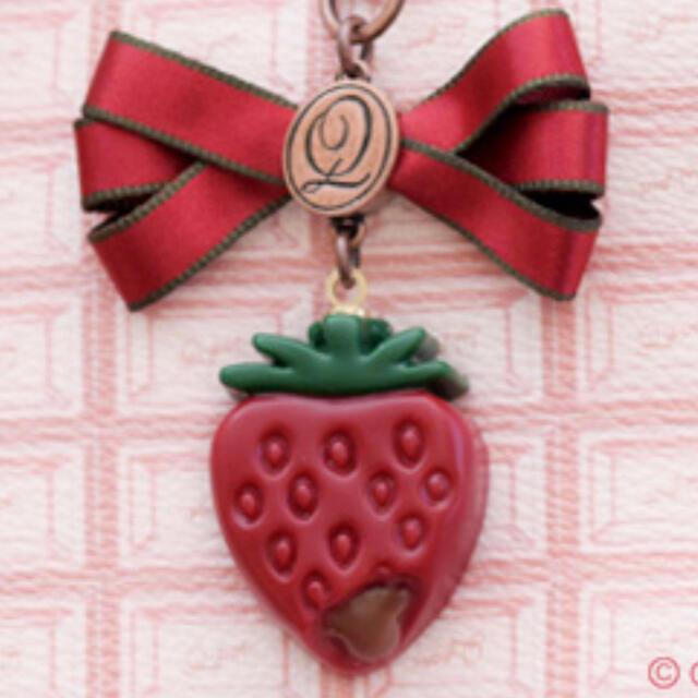 Q-pot.(キューポット)のQ-pot *ストロベリーガナッシュ*いちご*苺*ストロベリー*バッグチャーム レディースのアクセサリー(チャーム)の商品写真
