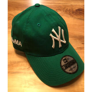 MOMA - 新品 US限定 MOMA x Yankees New Era Cap グリーン