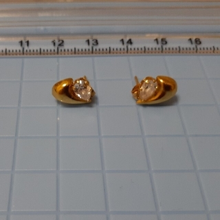 JEWELRY TSUTSUMI - K18ピアス、K18刻印有り
