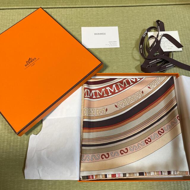 Hermes(エルメス)のHERMES エルメス スカーフ レディースのファッション小物(バンダナ/スカーフ)の商品写真