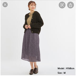 ジーユー(GU)のGU プリーツミディスカート♡(ひざ丈スカート)