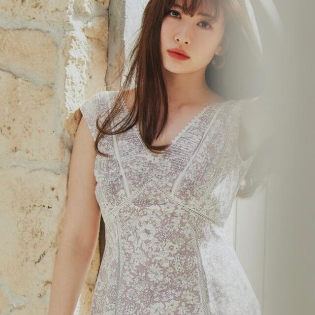 snidel(スナイデル)のherlipto Lace Trimmed Floral Dress フローラル レディースのワンピース(ロングワンピース/マキシワンピース)の商品写真