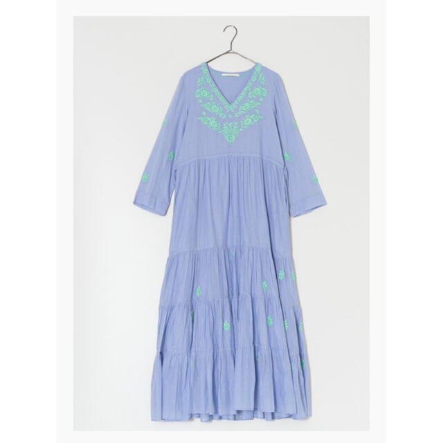 Cotton Chikan Emb V-Neck Dress レディースのワンピース(ロングワンピース/マキシワンピース)の商品写真