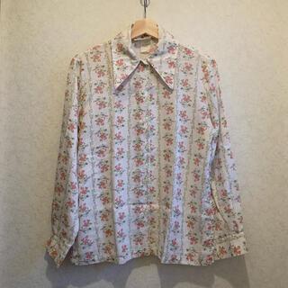 Lochie - vintage🤍花柄長袖シャツ