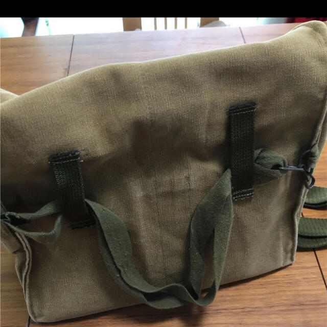 チェコ軍 ブレッドバッグ メンズのバッグ(ショルダーバッグ)の商品写真