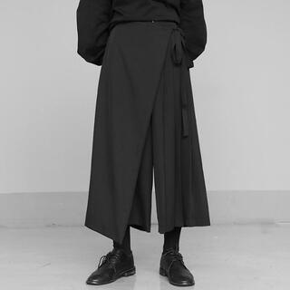 袴パンツ リボンプリーツ 黒 レイヤード アシンメトリー フリーサイズ(サルエルパンツ)