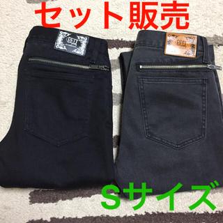 ジーユー(GU)のGU × UNDERCOVER スキニーパンツ ブラック&グレー(デニム/ジーンズ)
