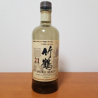 ニッカウイスキー(ニッカウヰスキー)の【希少!竹鶴21年空瓶】少し入っています!!(ウイスキー)