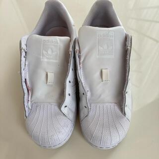 アディダス(adidas)のadidasスニーカー ホワイト(スニーカー)