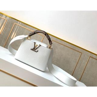 LOUIS VUITTON - LOUIS VUITTON カプシーヌPM クレーム