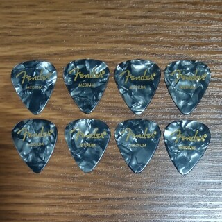 フェンダー(Fender)のFender ピック 8枚 ティアドロップ MEDIUM ミディアム 未使用(その他)