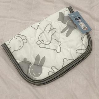 シマムラ(しまむら)の接触冷感 枕パッド 35×50 ホワイト ミッフィー うさぎ(枕)