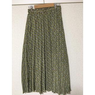 ジーユー(GU)のプリーツスカート(ロングスカート)