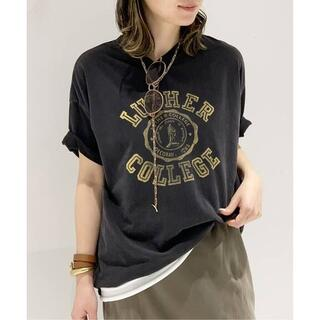 L'Appartement DEUXIEME CLASSE - R JUBILEE 別注 LUTHER COLLEGE Tシャツ ブラック