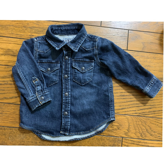 babyGAP - babyGAP(ベビーギャップ)80サイズ デニムシャツ