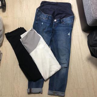 エイチアンドエム(H&M)のH&Mマタニティデニム&黒白パンツの3点セット(マタニティボトムス)