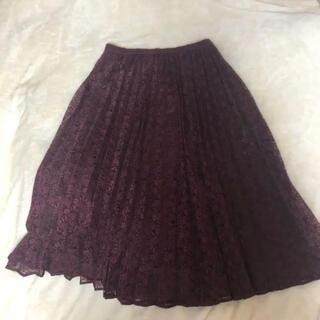 ジーユー(GU)のボルドー プリーツスカート(ひざ丈スカート)